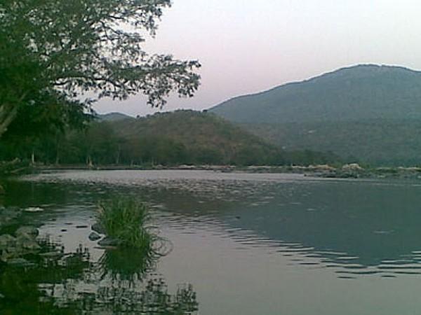 Muthathi Photos