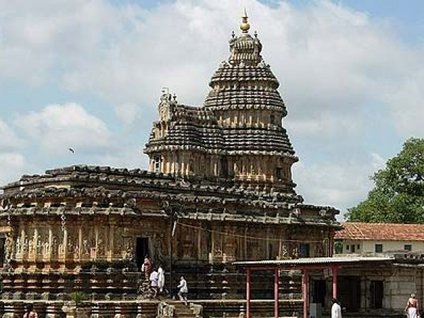 Sringeri Photos - Vidya Shankara Temple - A closer view