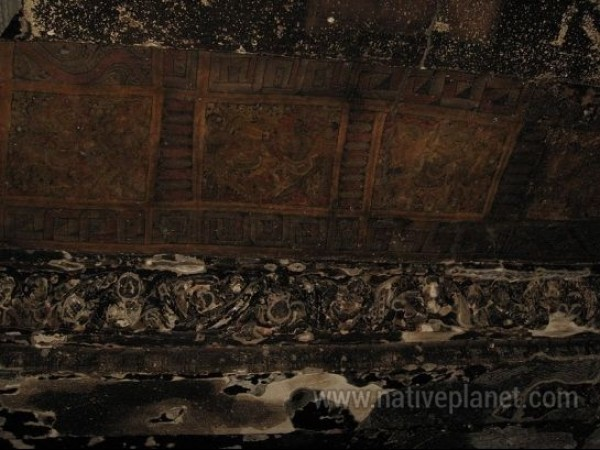 Ellora photos, Brahmanical Group of Caves - Artworks On The Ceiling