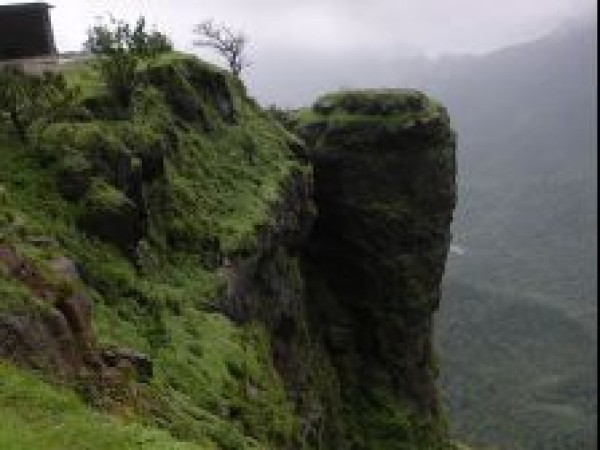 Matheran photos, Louisa Point Matheran