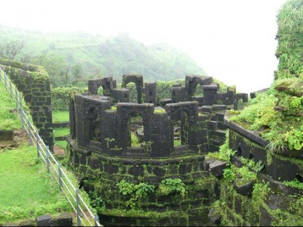 Raigarh Fort photos, Raigad Fort - A View