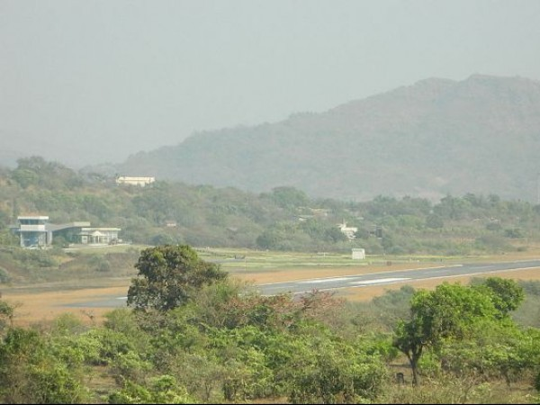 Amby Valley photos, Amby Valley Airstrip - As Seen From A Side