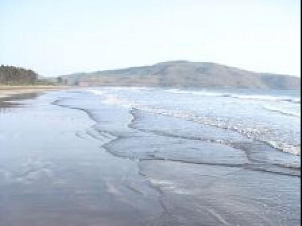 Harihareshwar photos, Harihareshwar Beach - Ripples on Waters