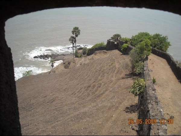 Chaul photos, Korlai Fort - A View From Atop