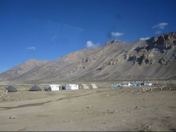 Sarchu photos, Row Tents at Sarchu
