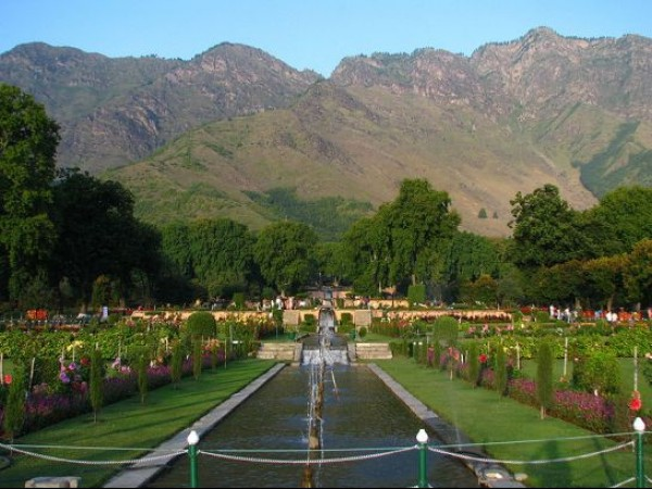 Srinagar photos, Nishat Bagh - A Distant View