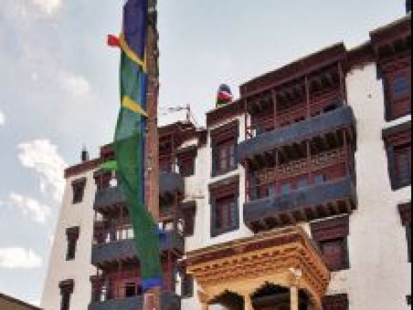 Leh photos, Stok Palace