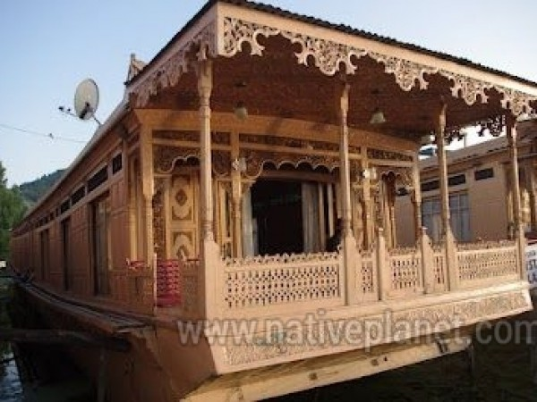 Srinagar photos, Srinagar - Houseboat interior