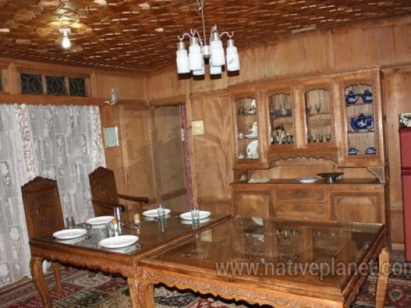 Kashmir photos, Kashmir - House Boat Interior