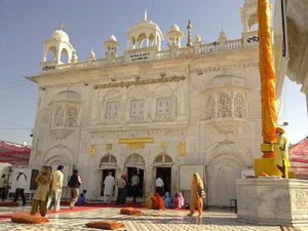 Nanded photos, Hazur Sahib Gurudwara - Exterior View
