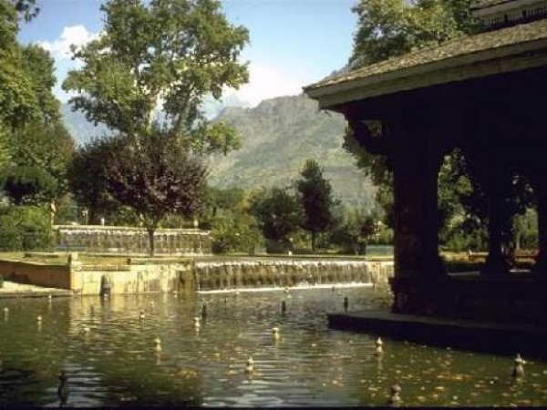 Srinagar photos, Shalimar Gardens - A Beautiful Capture