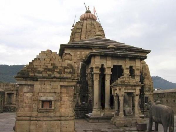 Palampur photos, Baijnath Shiva Temple - The enchanting edifice