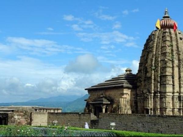 Palampur photos, Baijnath Shiva Temple - Amidst nature