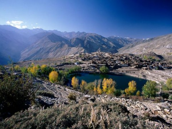 Kinnaur photos, Nako Lake - Amidst the mountains