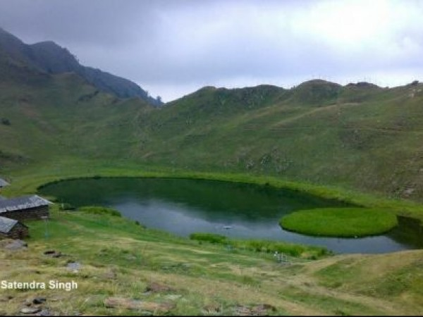 Mandi photos, Prashar Lake - A scenic view
