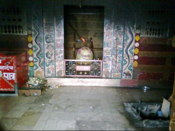 Kullu photos, Bijli Mahadev Temple - Sanctum