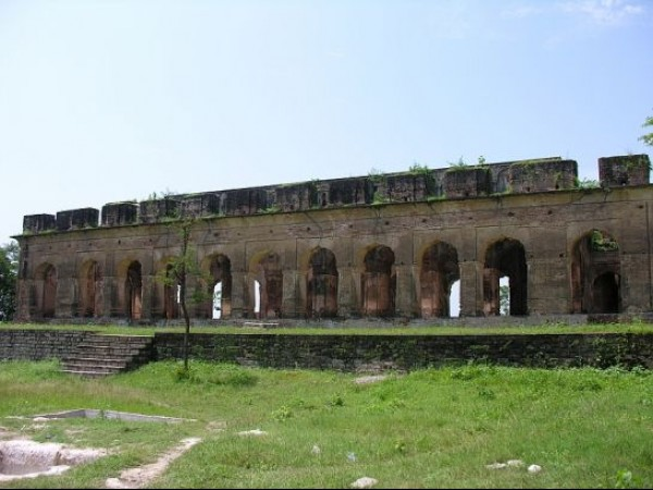 Kangra photos, Sujanpur Fort - Outer view