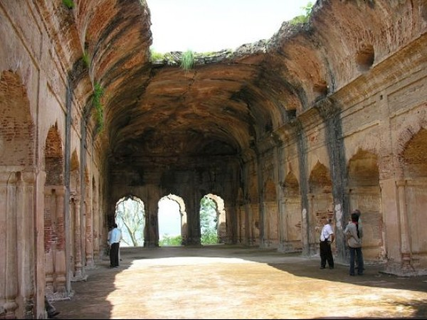 Kangra photos, Sujanpur Fort - Inside View