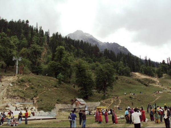 Manali photos, Solang Valley - Tourist Gathering