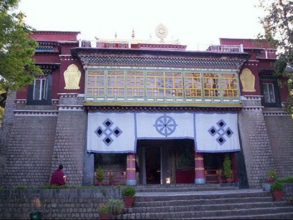 Dharmashala photos, Norbulingka Institute - seat of happiness