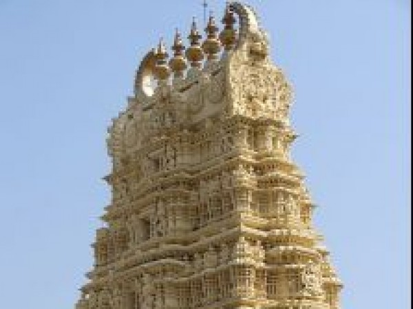 Mysore photos, Chamundi Hills - The Temple Top