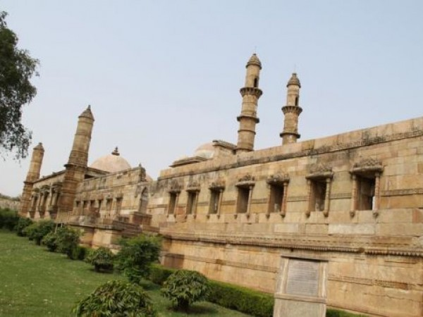 Champaner photos, Jama Masjid - Side View