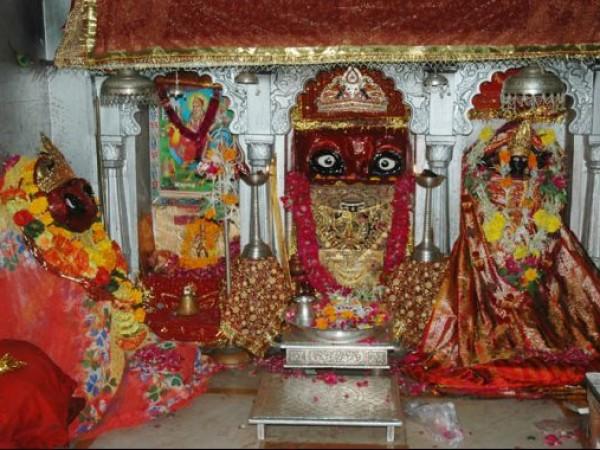 Pavagadh photos, Mahakali Temple - Sanctum of the Mahakali