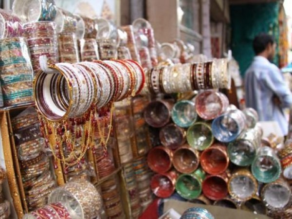 Rajkot photos, Bangdi Bazaar - Colourful Bangles