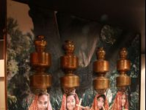 Ahmedabad photos, Shreyas Folk Museum - Gujarati Women