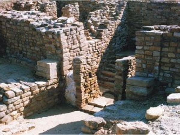 Dholavira photos, Harappan City - The City