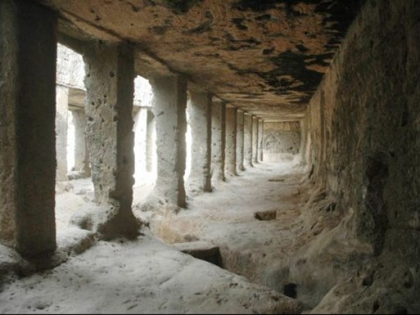 Junagadh photos, Buddhist Caves - The Baba Pyara Caves