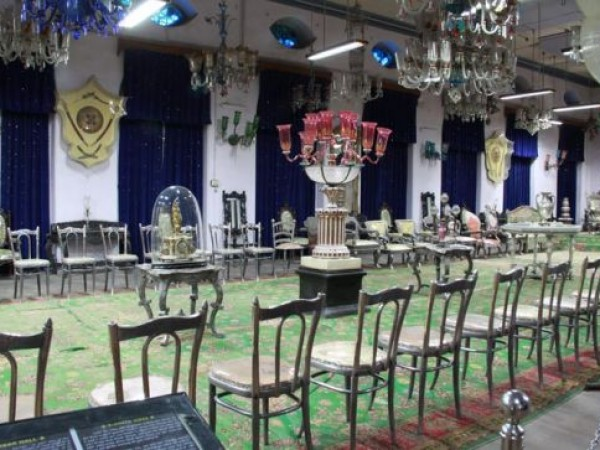 Junagadh photos, Darbar Hall Museum - Colourfu; Darbar Hall