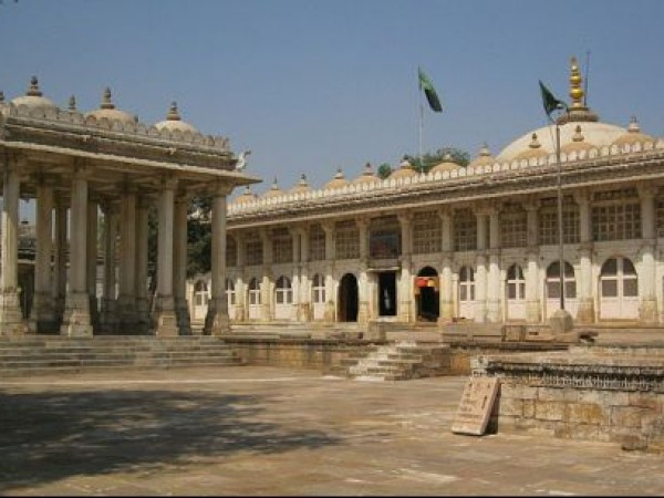 Ahmedabad photos, Sarkhej Roza - An Architectural Marvel