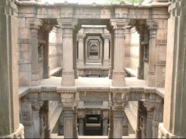 Ahmedabad photos, Dada Harir Vav - Interiors