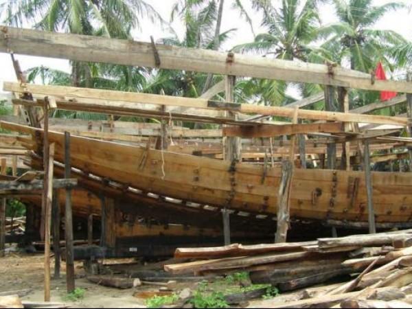 Somnath photos, Veraval - Ship Building