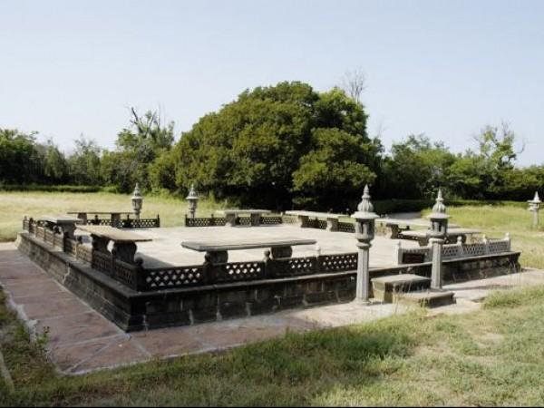 Mandvi photos, Vijay Vilas Palace - Hindi Movie Shooting Place