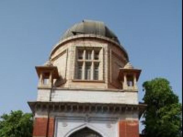 Vadodara photos, MS University - A Proud Structure