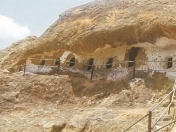 Vadodara photos, Kadia Dungar Caves - Rock