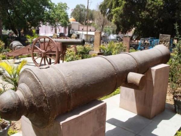 Bhuj photos, Kutch Museum - Extreriors
