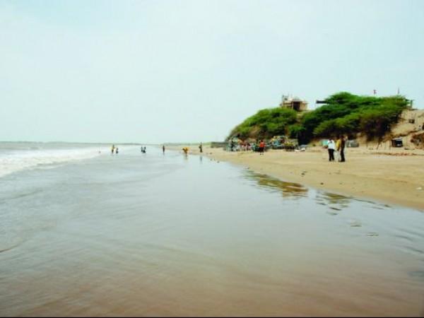 Bhavnagar photos, Mahuva Beach - A Major Tourist Attraction