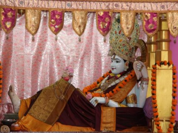 Dwarka photos, Bhalka Tirtha & Dehotsarg - The Divine Idol
