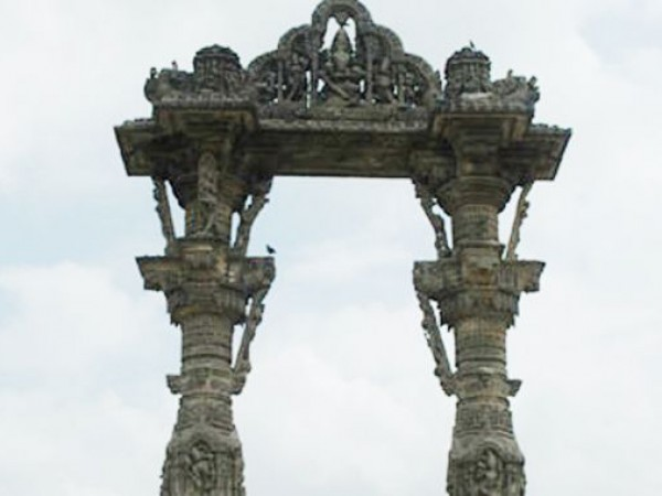 Danta photos, Monuments at Vadnagar - Toran
