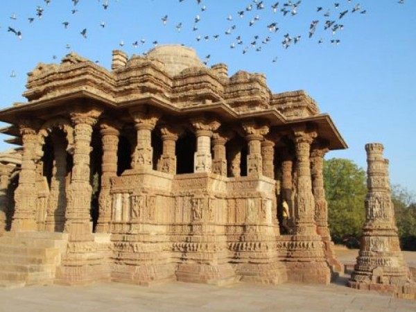 Danta photos, Modhera Sun temple - Enticingly Carved Temple Structure