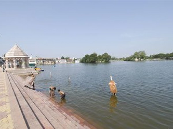 Kheda photos, Gomti lake