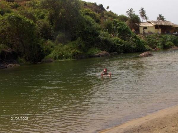 Goa photos, Arambol Beach - An Enthusiastic traveller....
