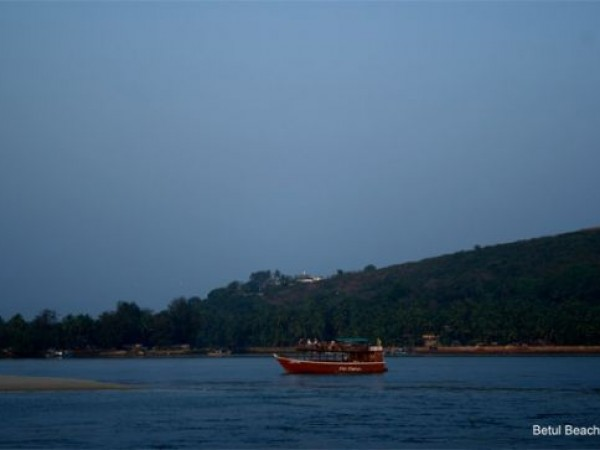 Goa photos, Betul Beach - Blue water