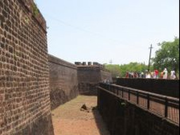 Goa photos, Aguada - Trenches, Aguada Fort