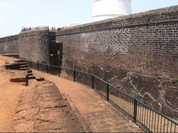 Goa photos, Aguada - The Wall of the Fort