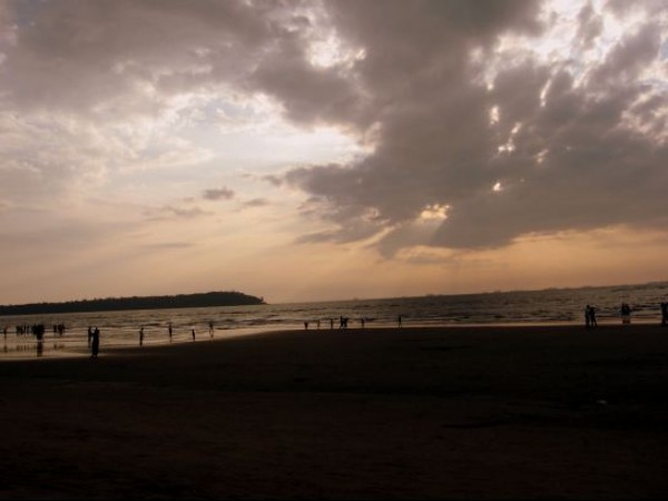 Goa photos, Miramar Beach - Dusky Enchantment
