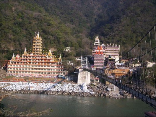 Rishikesh photos, Laxman Jhula - Beautiful Lakshman Jhula bridge at Rishikesh